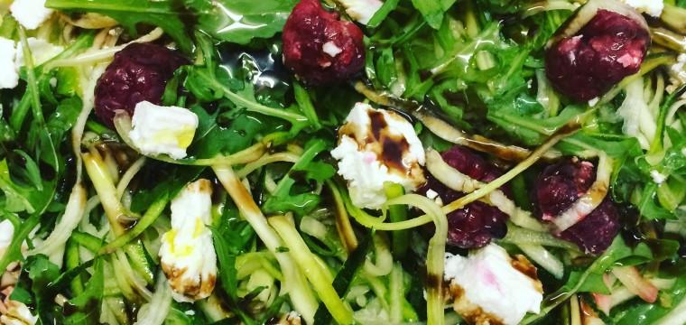 Courgetti feta raspberry salad (V) featured image