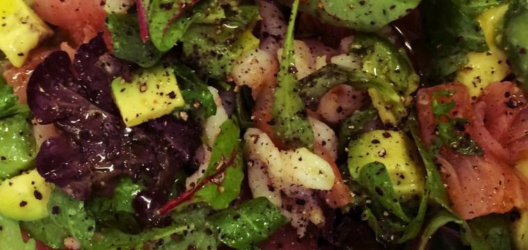 Smoked salmon avocado prawn salad featured image