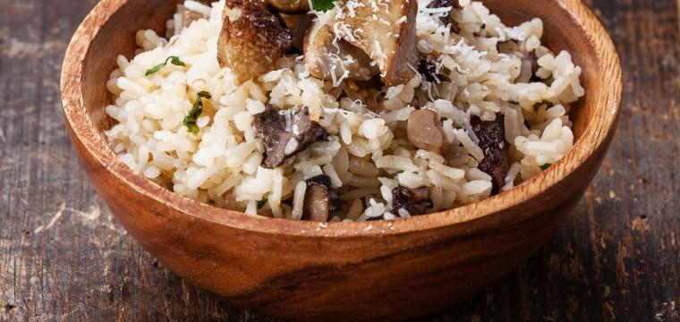 Mushroom risotto v or vegan featured image