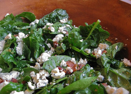 Spinach bacon blue cheese salad featured image