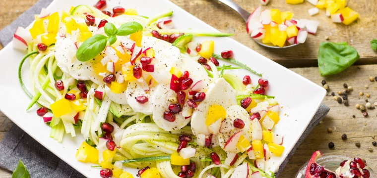 Courgette salad with egg and pomegranate featured image