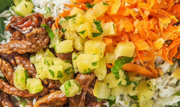 Steak and carrot rice bowl with an Hawaiian twist featured image